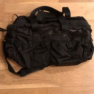 LULULEMON Black Duffle Bag